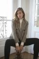 Le Gang - Carolina Ritzler - Veste Yvette Grise - photo produit porté de face