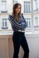 Le Gang - Balzac - Blouse Maurine à rayures marine - photo produit porté de dos