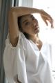 Le Gang - Toteme - Top Toteme blanc - photo produit porté de face